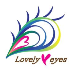 Lovely eyesロゴ